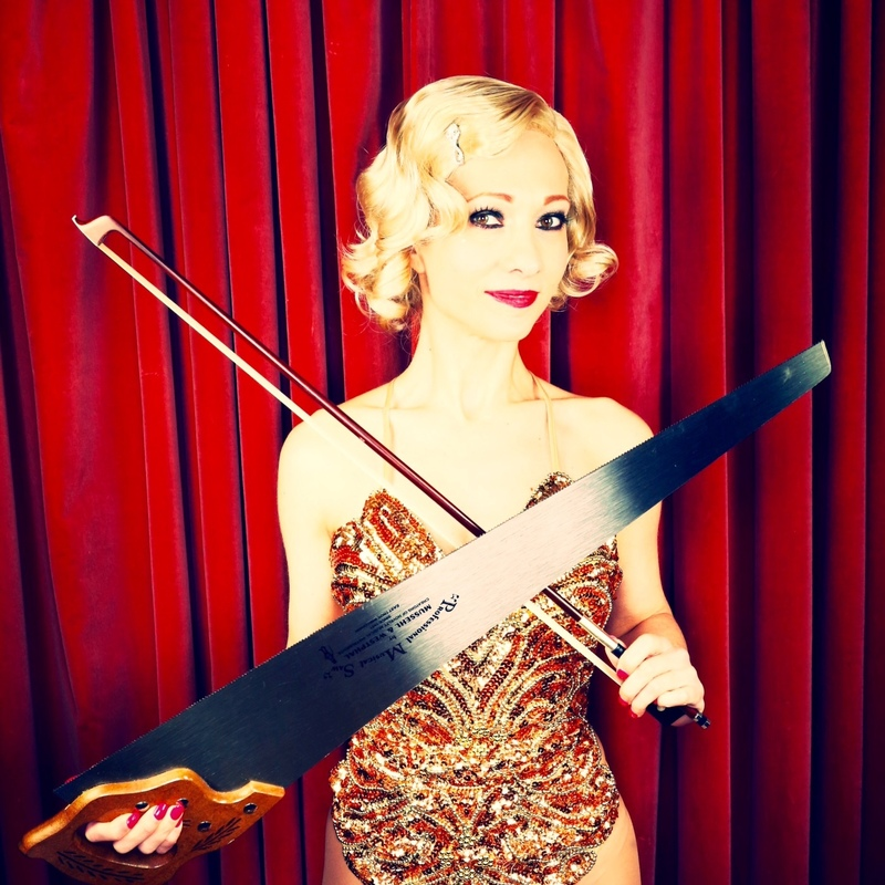 Scaled kabaret dietrich musical saw